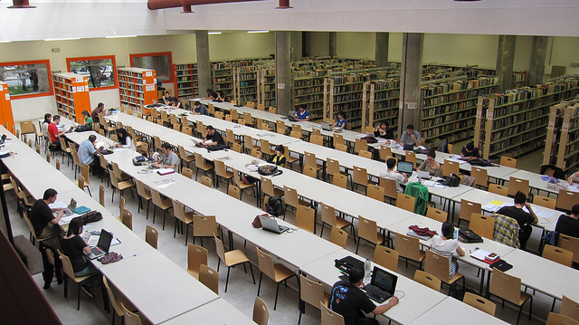 ucm-biblioteca complutense